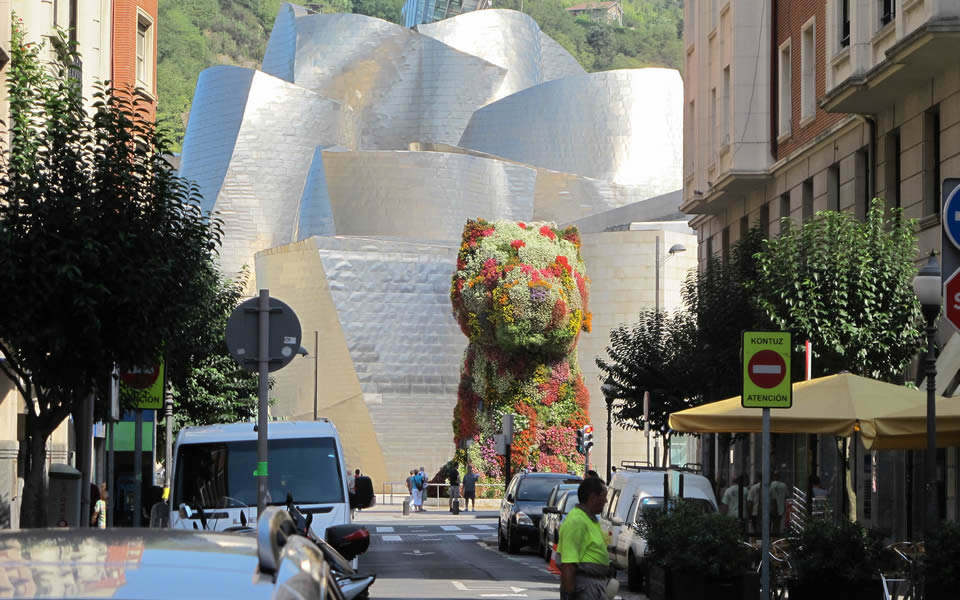 Bilbao's Guggenheim  one of the few new recognizable global icons