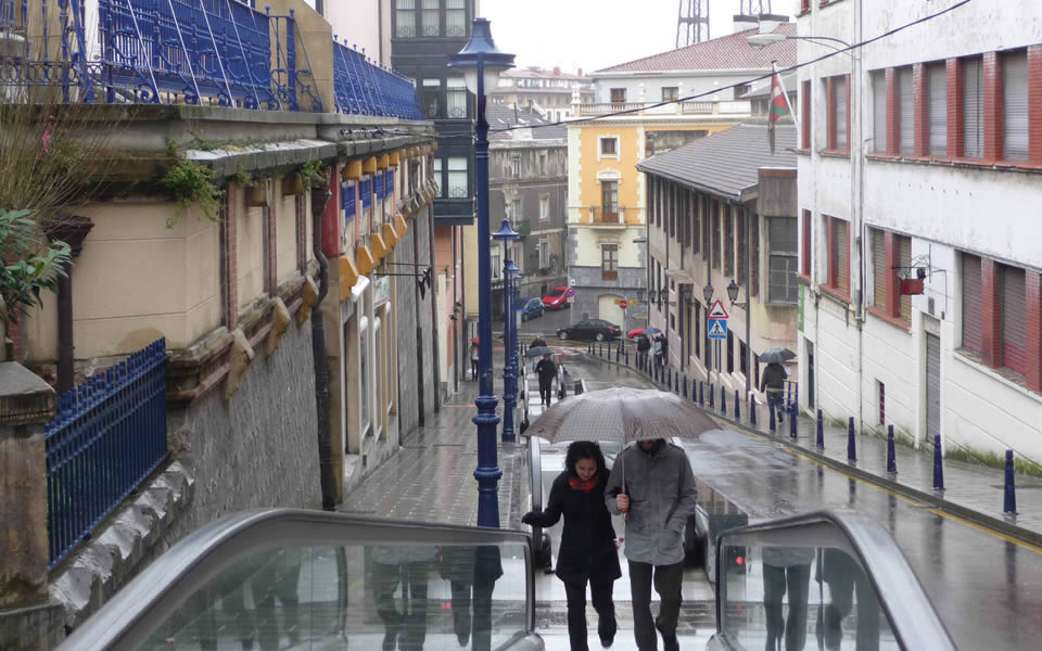 Portogalete, Biscay - Entrepreneurial solution to a steep hill