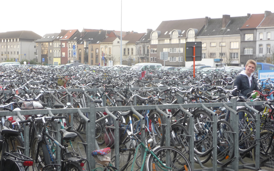 Ghent - Bicycles foster health & mobility