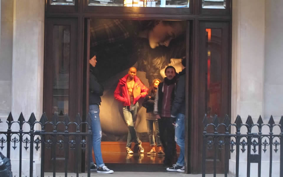 London - Abercrombie & Fitch, sexualizing shopping